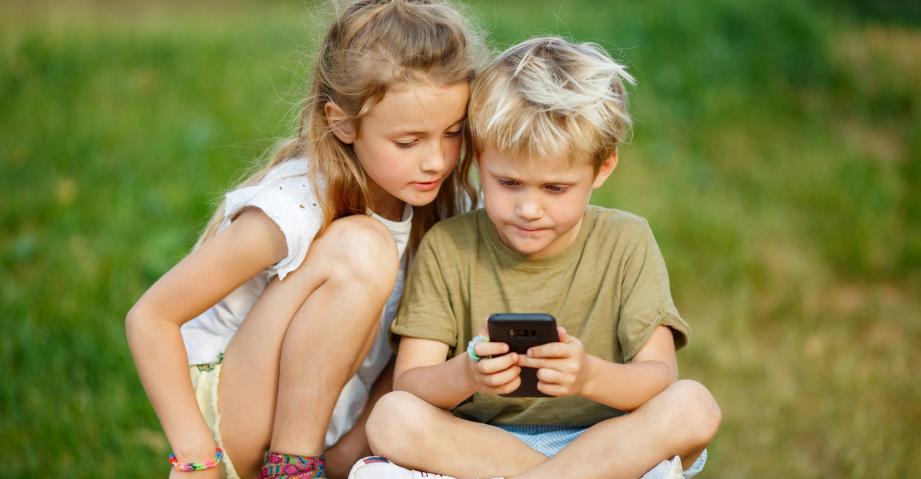 Четыре истории о детях, мобильных играх и разорении. Как не повторить такой «успех»?