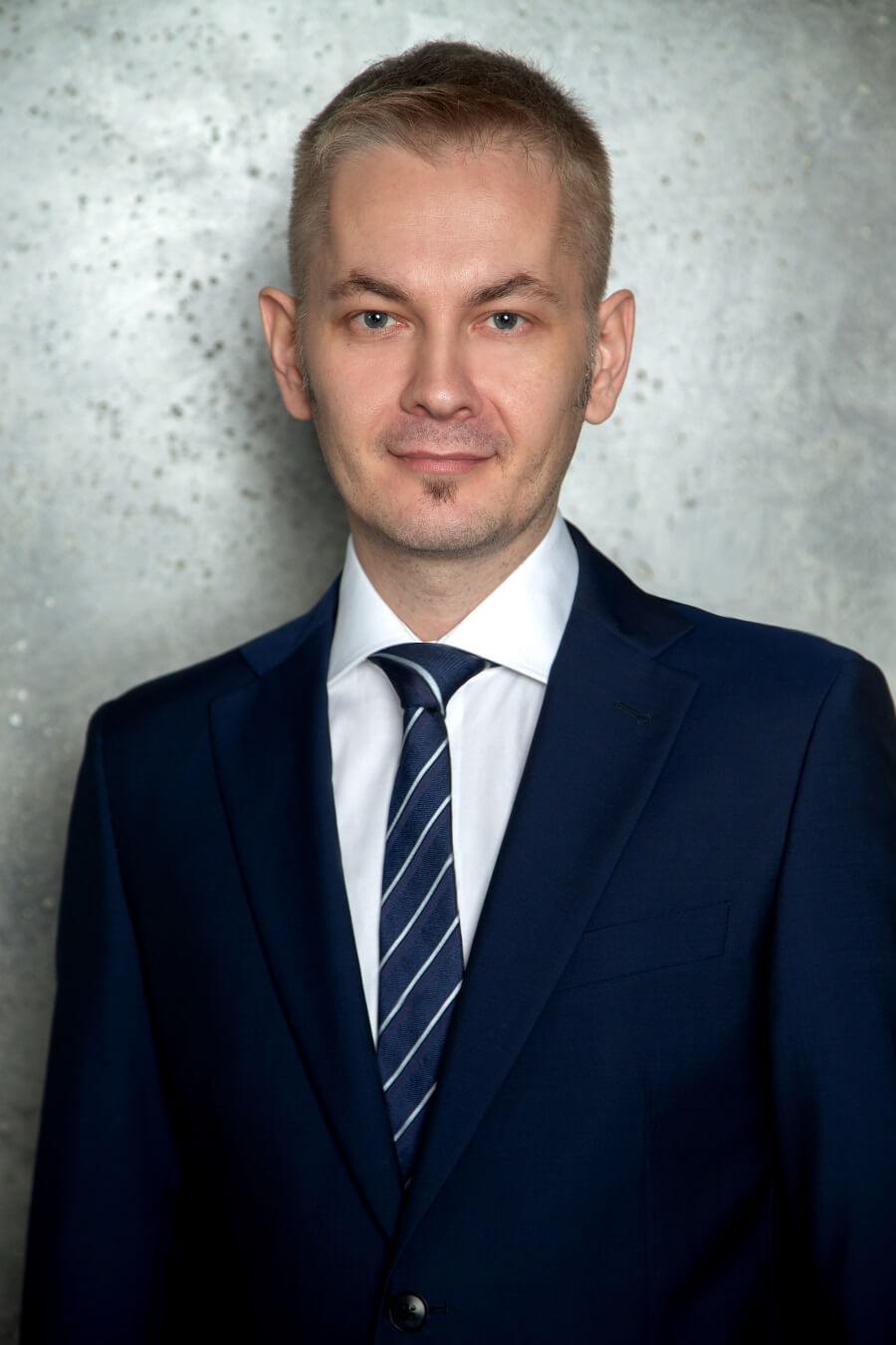 Андрей Елизаров